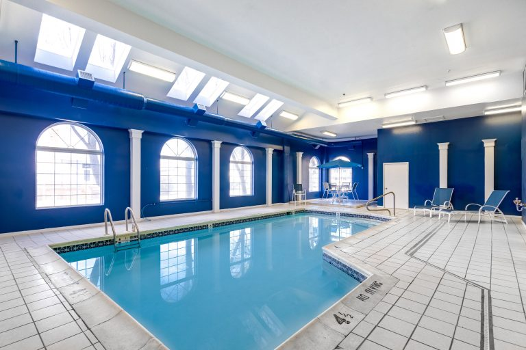 Marylander Condo Pool